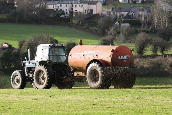 Dairylink: Time to think about slurry as ban lifts for the Northern half of the country